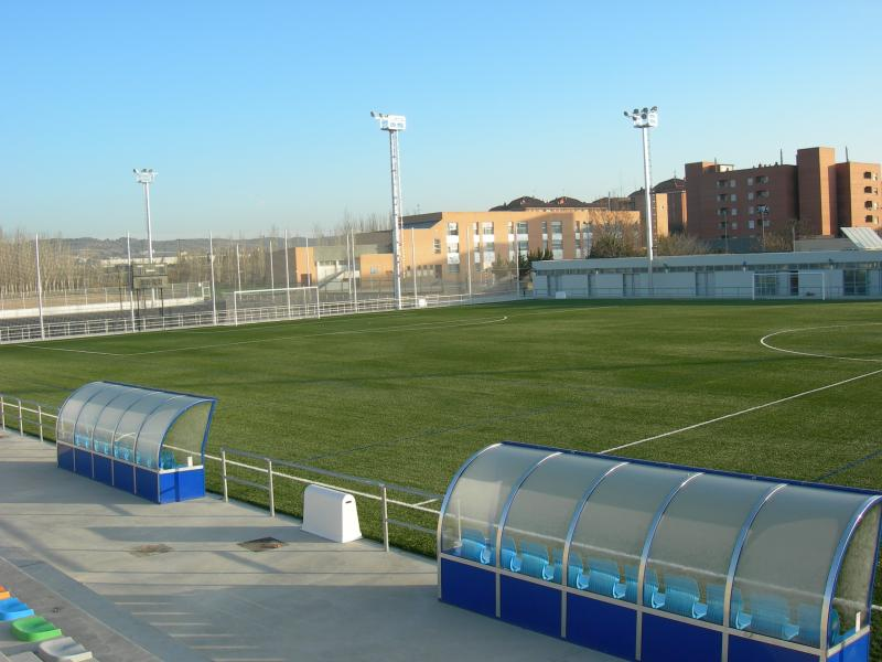Resultado de imagen de campo de futbol actur pablo iglesias